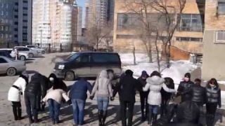 """Всемирный флэшмоб """"Глобальный ёхор""""-2013. Владивосток, Россия"""